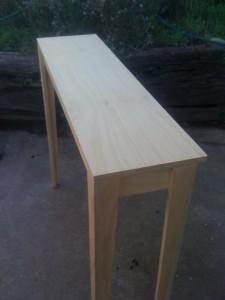 APT side table